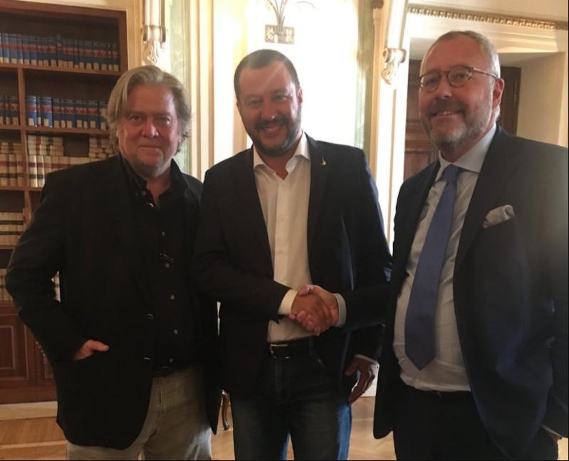 Matteo Salvini Steve Bannon arrestato