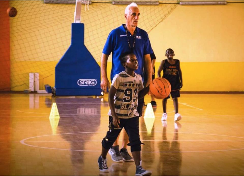 Suarez Anzaldi Tam Tam Basket Massimo Antonelli Castelvolturno