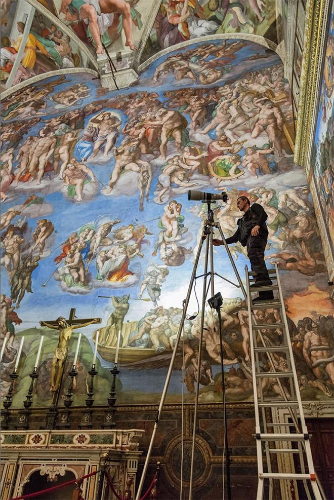 The Sistine Chapel Gigapixel