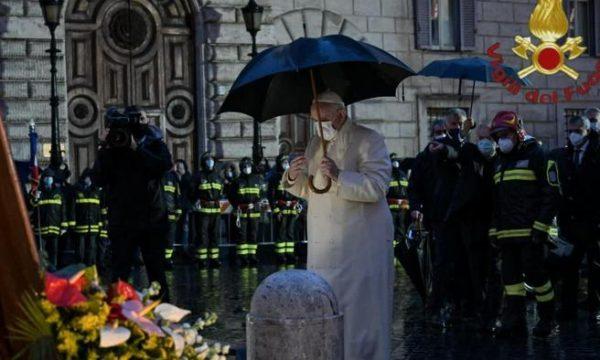 """Rai. Anzaldi: """"Tg1 buca visita Papa. Urgenti scuse e provvedimenti"""""""