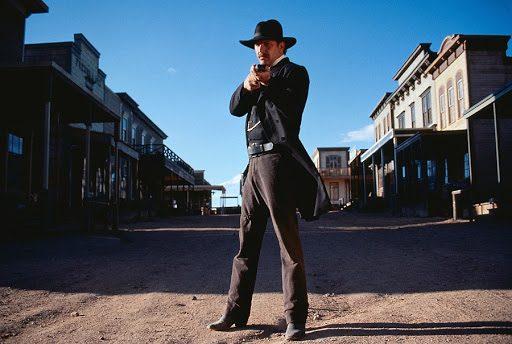 Film Tv martedì 12 gennaio: Il caso Spotlight, La chiave di Sara, Promised land, Wyatt Earp