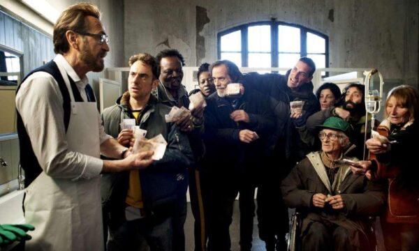 Film Tv sabato 13 febbraio: Io sono tempesta, Prisoners, Totò lascia o raddoppia?