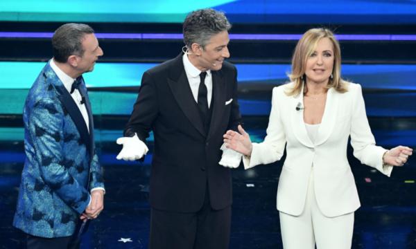 Ascolti Tv Sanremo. Quarta serata – senza calcio – mai così bassa dal 2008