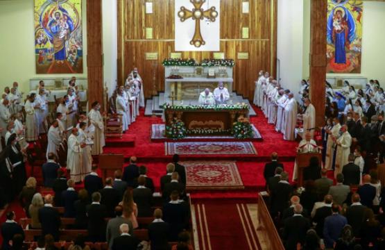 Il Papa in Iraq. La Rai non trasmette la storica messa in diretta