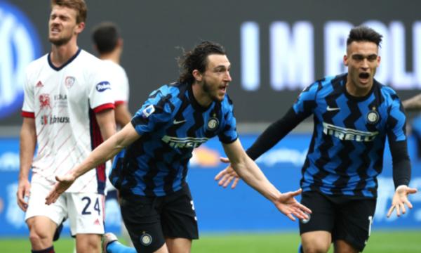"""Serie A. Nuovi disservizi per Dazn: Inter-Cagliari si vede solo su Sky. Enrico Mentana: """"Intollerabile"""""""