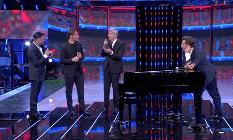 Ascolti Tv Pio e Amedeo Felicissima sera Claudio Baglioni Francesco Totti