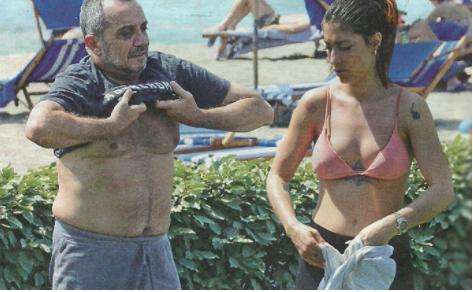 """Rai3. La fidanzata del Direttore Di Mare attacca Fedez: """"Disgustoso, vergognoso, non capisci nulla"""""""