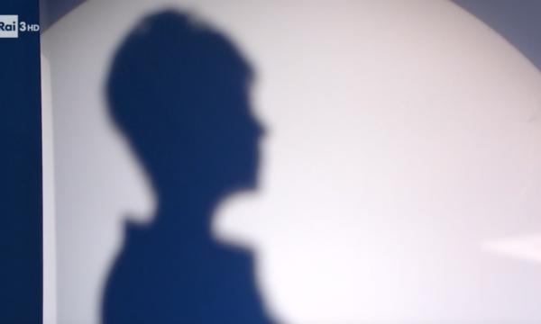"""Report intervista l'ombra della donna che filmò Renzi in autogrill. Anzaldi: """"Una presa in giro"""""""