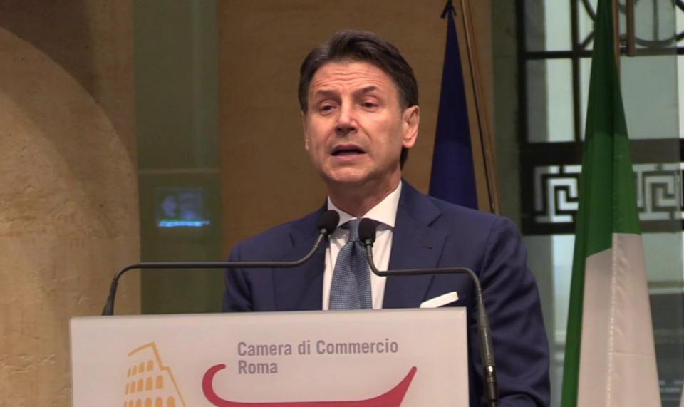Giuseppe Conte conferenza stampa Beppe Grillo M5s Michele Anzaldi