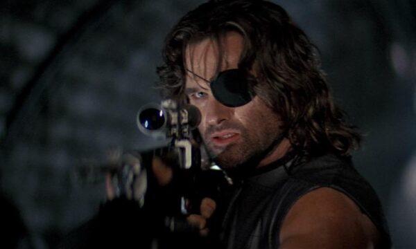 Film Tv venerdì 4 giugno con 1997: Fuga da New York, il capolavoro di John Carpenter su Iris