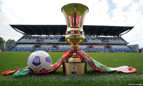 """Calcio, Mediaset soffia Coppa Italia e Supercoppa alla Rai. Anzaldi: """"Pagano gli italiani. Due volte"""""""