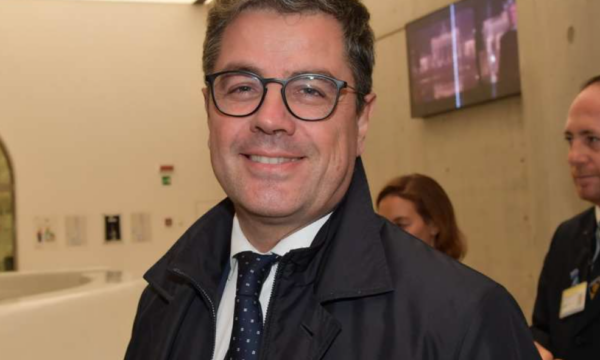 """Rai, l'Ad Fuortes nomina Nicola Claudio capostaff del Presidente, chiudendo l'annoso """"caso Cotone"""""""