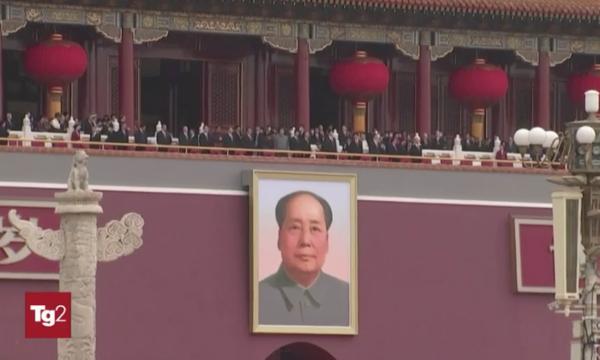 """Il Tg2 esalta il regime cinese. Anzaldi: """"Propaganda che fa impallidire l'Istituto Luce"""""""