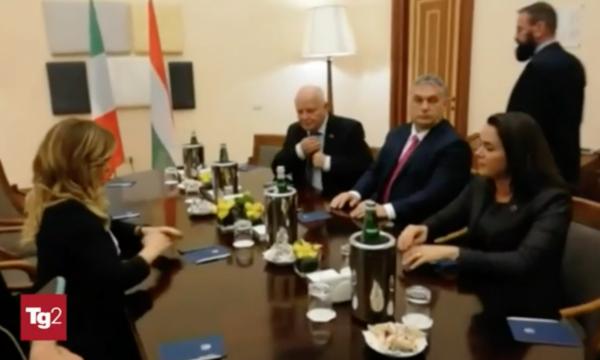 """Al Tg2 l'incontro Meloni-Orbán diventa apologia dell'Ungheria. Anzaldi: """"Ennesimo fatto grave"""""""