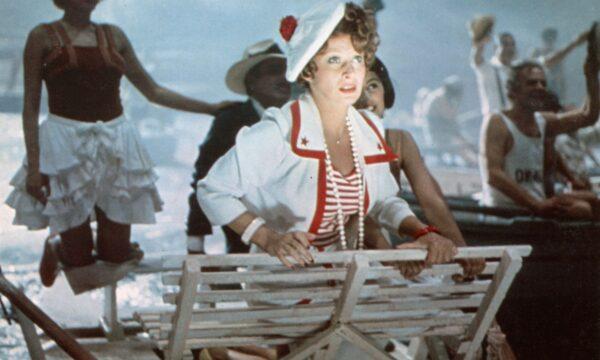 """Film Tv venerdì 20 agosto. Amarcord: la """"poesia""""  da Oscar di Federico Fellini"""