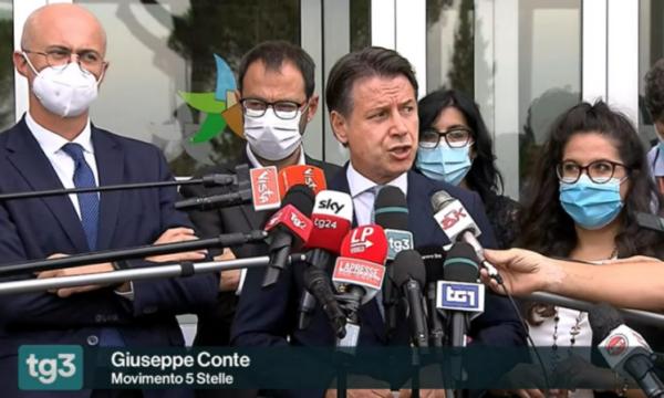 """Rai, Anzaldi: """"Nei Tg ancora spazio alle sceneggiate di Conte. Fuortes agisca"""""""